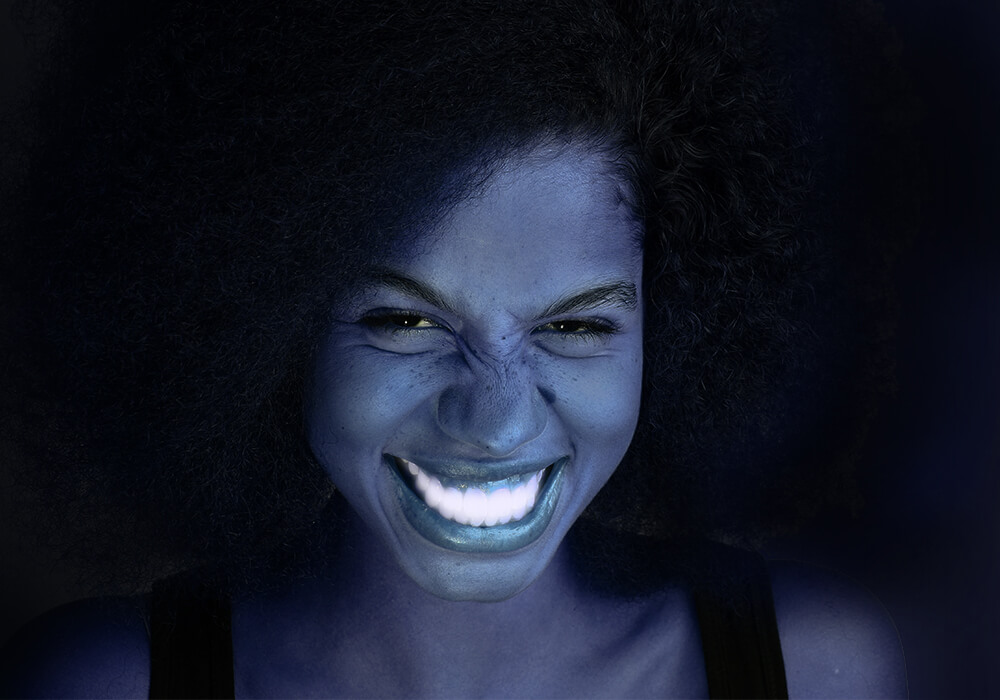 Luminous teeth whitening